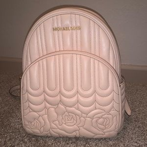 Michael Kors purse / backpack